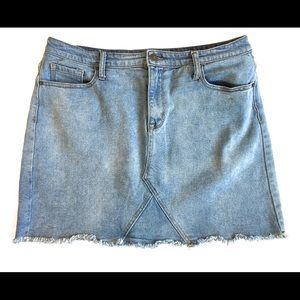 Mossimo denim skirt, fringed hem, Sz 14/32